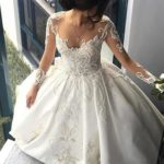 You can buy cheap lace wedding dresses under 200 at Vdressy