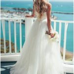 The most beautiful lace wedding dress to create the most beautiful wedding!